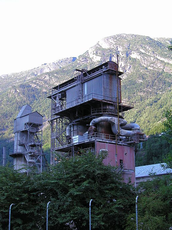 Kalkovn på smelteverket i Odda. Foto: Svein Harkestad