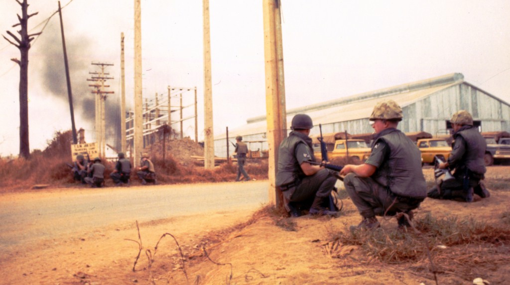 Tan_Son_Nhut_Air_Base_during_the_Tet_Offensive